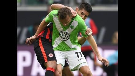 Carlos Zambrano: Eintrach Frankfurt iguala 2-2 ante Wolfsburgo de visita