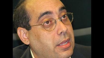 Fernán Altuve a favor de que Castañeda continúe en carrera electoral