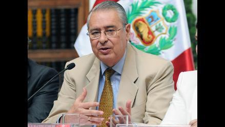 Wagner pide diálogo entre Perú y Chile sobre asunto de límite terrestre