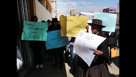 Huancayo: familia protesta en hospital por presunta negligencia médica