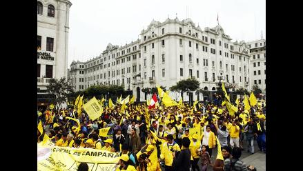Centro de Lima: Simpatizantes de SN llegaron a la plaza San Martín