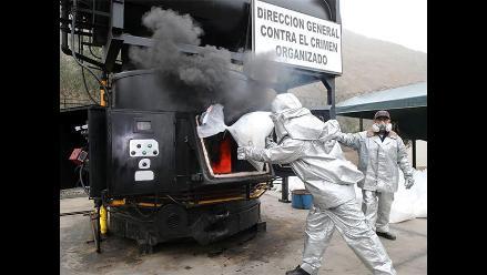 Incineran más de 7,6 toneladas de cocaína incautada en Trujillo