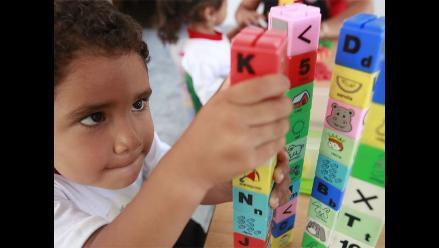 Perú uno de los países que menos invierte en la niñez