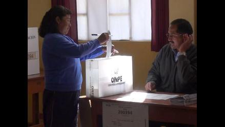 Puno: madres del Vaso de Leche obligadas a favorecer a candidatos
