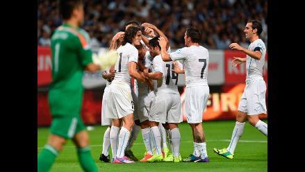 Uruguay derrotó 2-0 a Japón en amistoso que marcó el debut del Vasco Aguirre