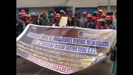 Huancayo: obreros protestaron en frontis de Gobierno Regional de Junín