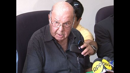 Luis de Souza Ferreira: Universitario lamenta muerte de presidente de ADFP