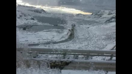 Ticlio: fuerte nevada restringe tránsito en la Carretera Central