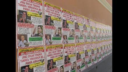 Aparecen afiches contra presidente del PJ y juez del caso Pucalá
