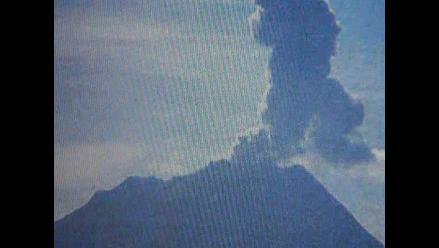 Arequipa: IGP registró cinco pequeñas explosiones en el volcán Ubinas