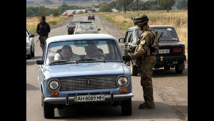 Poroshenko anuncia liberación de 1.200 personas apresadas por los rebeldes