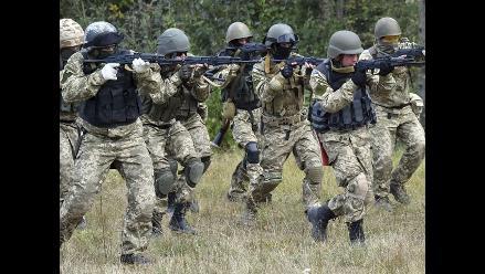 Mira el duro entrenamiento de los militares ucranianos