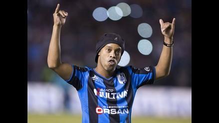 Querétaro exige castigo por comentarios racistas contra Ronaldinho