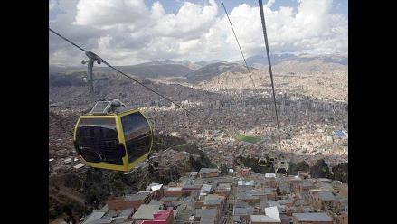 Inauguran en La Paz la segunda línea del teleférico urbano más alto del mundo