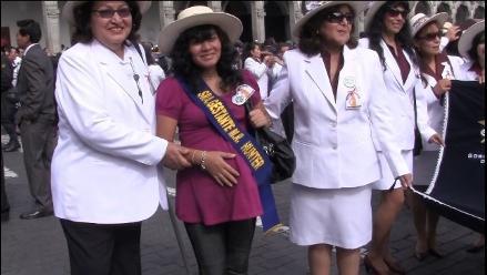Arequipa: lanzan campaña para defender vida de la madre y niño por nacer
