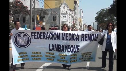 Lambayeque: médicos piden apoyo a congresistas para salida de ministra