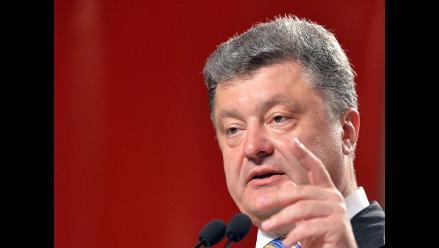 Poroshenko pide a Canadá ayuda militar contra