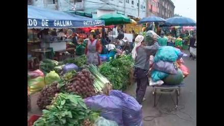 Ambulantes continúan trabajando en inmediaciones de La Parada