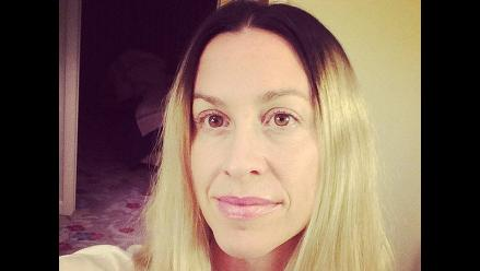 Alanis Morissette impresiona con nuevo look