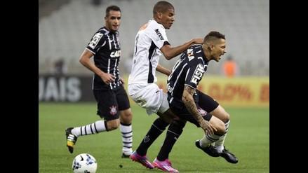 Paolo Guerrero jugó en empate 1-1 de Corinthians con Chapecoense