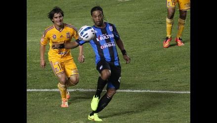 Ronaldinho y resultados de sus debuts en 7 clubes anteriores al Querétaro