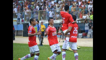 Unión Comercio goleó 3-0 a UTC y llega a la cima del Torneo Clausura