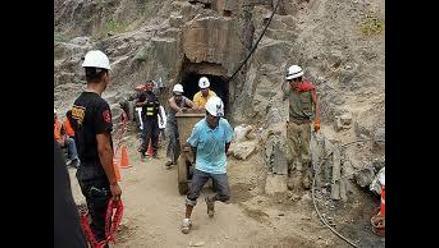 Cajamarca: dos hermanos mueren en derrumbe de socavón en Cajabamba