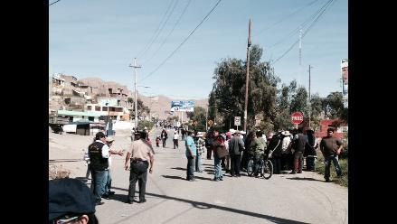 Arequipa: regidora intentó tomar a la fuerza alcaldía de Uchumayo