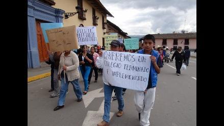 Cajamarca: padres y profesores del colegio San Ramón acatan movilizaron