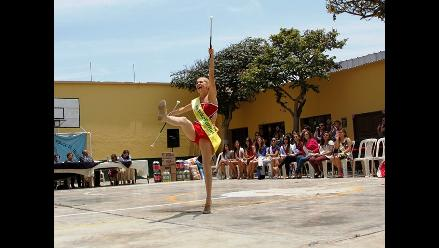 Trujillo: reinas y bastoneras dan alegría a niños de cuna maternal