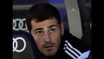 Iker Casillas comía una manzana mientras Keylor Navas tapaba con el Real Madrid
