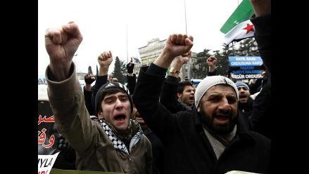 Árabes prometen a Obama acompañarlo en combate al EI