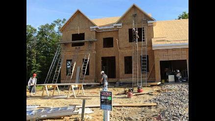 Ventas de casas nuevas en EEUU suben en agosto a máximos de seis años