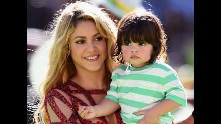 ¡Qué tierno! Shakira enseña a leer al pequeño Milan