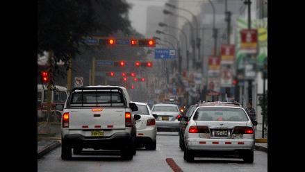 Congestión vehicular en Javier Prado causó la desesperación de limeños