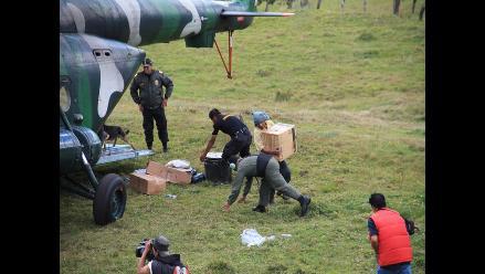 Amazonas: llega helicóptero con víveres y apoyo logístico
