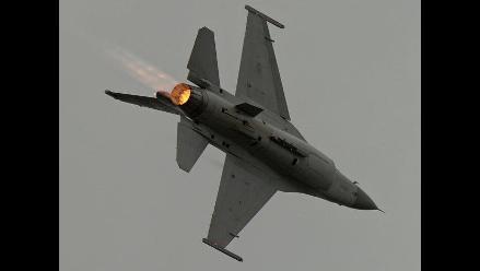 Aviones de alianza internacional atacan posiciones de EI en Siria