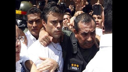 Venezuela: partido de López recoge firmas para cambiar Constitución