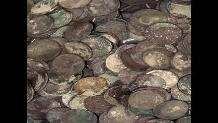 Un arqueólogo aficionado encontró un tesoro de 22.000 monedas romanas