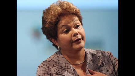 Bolsa y moneda de Brasil se desploman por avance de Dilma Rousseff