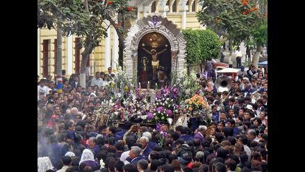 Calles de Lima se cierran el sábado por recorrido del Cristo Morado