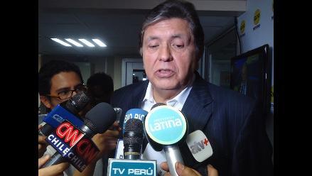 Alan García ´felicita´ a Enrique Cornejo por ocupar el segundo puesto
