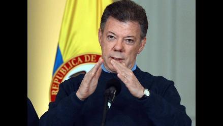 Santos dice que el Gobierno de Uribe intentó negociar con FARC en Brasil