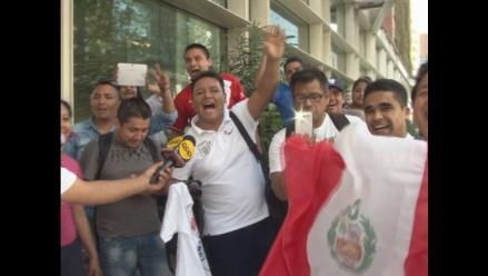 Chile vs. Perú: Hinchas de la blanquirroja alientan a la selección