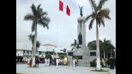 En plaza del Callao se viene celebrando el homenaje a Miguel Grau