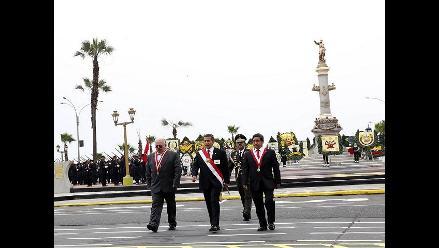 Presidente destaca profesionalismo de la Marina y memoria de Grau