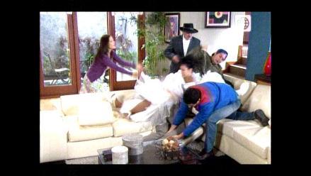 AFHS: Los González le dan una paliza a Raúl por haber ayudado a Manolo