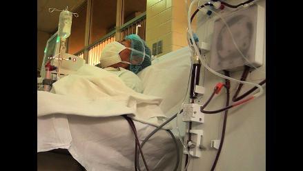 Dan de alta a la enfermera australiana aislada por ébola tras dar negativo