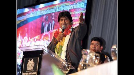Gobierno pide castigar a quienes tuitearon falsa muerte de Evo Morales