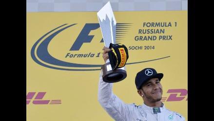 Hamilton gana el histórico GP de Rusia y es más líder que nunca de la F1
